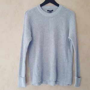 American Eagle light grey crew neck sweater